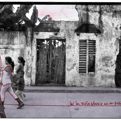 """""""La pared del Viento # 4"""" / Técnica: fotografía análoga, texto, dibujo. Película: Ilford Pan 100 / Dimensiones de la obra: cm."""