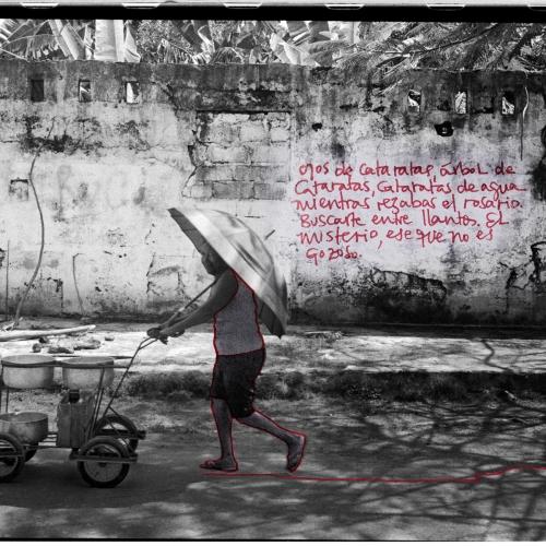 """""""La pared del Viento # 6"""" / Técnica: fotografía análoga, texto, dibujo. Película: Ilford Pan 400 / Dimensiones de la obra: cm."""