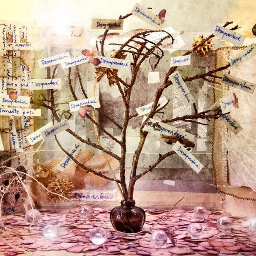 """""""3000 días # 5"""" de la serie """"3000 días"""" / Técnica: pintura, escultura, collage y fotografía digital / Dirección de arte: Silvia Ochoa y Natalia Behaine / Diseño de maquetas: Natalia Behaine / Post-producción: Óscar Barrera / Dimensiones de la obra: cm."""