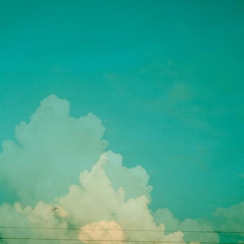 """""""17 trazos de lo que pudo ser un paisaje # 3"""" de la serie """"17 trazos de lo que pudo ser un paisaje"""" / Técnica: fotografía análoga, fotografía digital y composición-pintura digital / Dimensiones de la obra: 100 x 65 cm."""